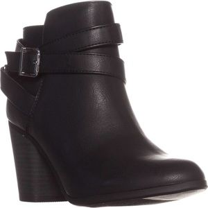 Material Girl Black Lexia Ankle Booties Size 5